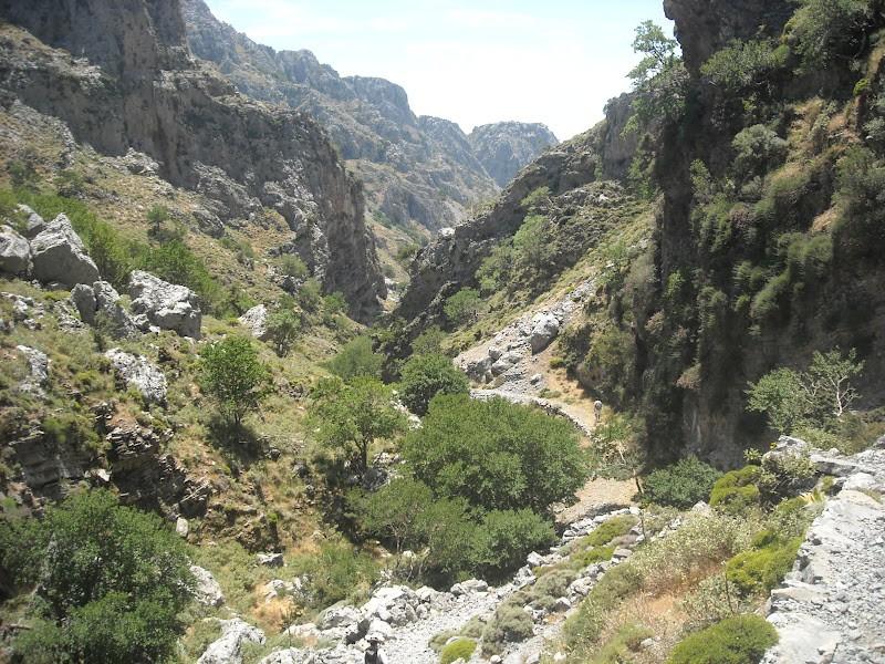 Asfendou gorge